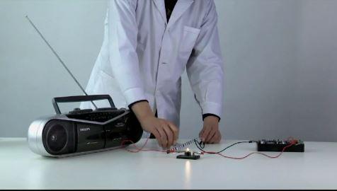 标题:人教版九年级全册物理教学视频素材:21.2 电磁波是怎样产生的 点击数:119次 发表时间:2021-09-16
